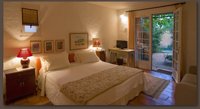 Charming Rooms In 3 Stars Hotel In Ceret  Roussillon