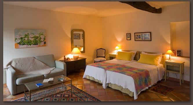 Chambres Luxe à Céret Hôtel 3 étoiles Restauré Le Mas Trilles